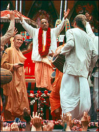 Prabhupada's Magic: He Got the Whole World Chanting Hare Krishna! (MP3 Audio 1977 Conversation)
