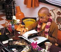 Prabhupada Reading His Own Books [original pre-1977 edition]