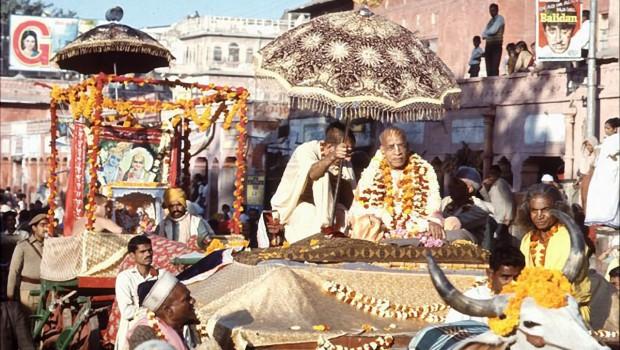 Srila Prabhupad on bullock cart in procession in India