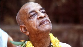 Srila Prabhupada with head held high