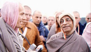 Srila Prabhupada and Hansadutta on Morning Walk-2