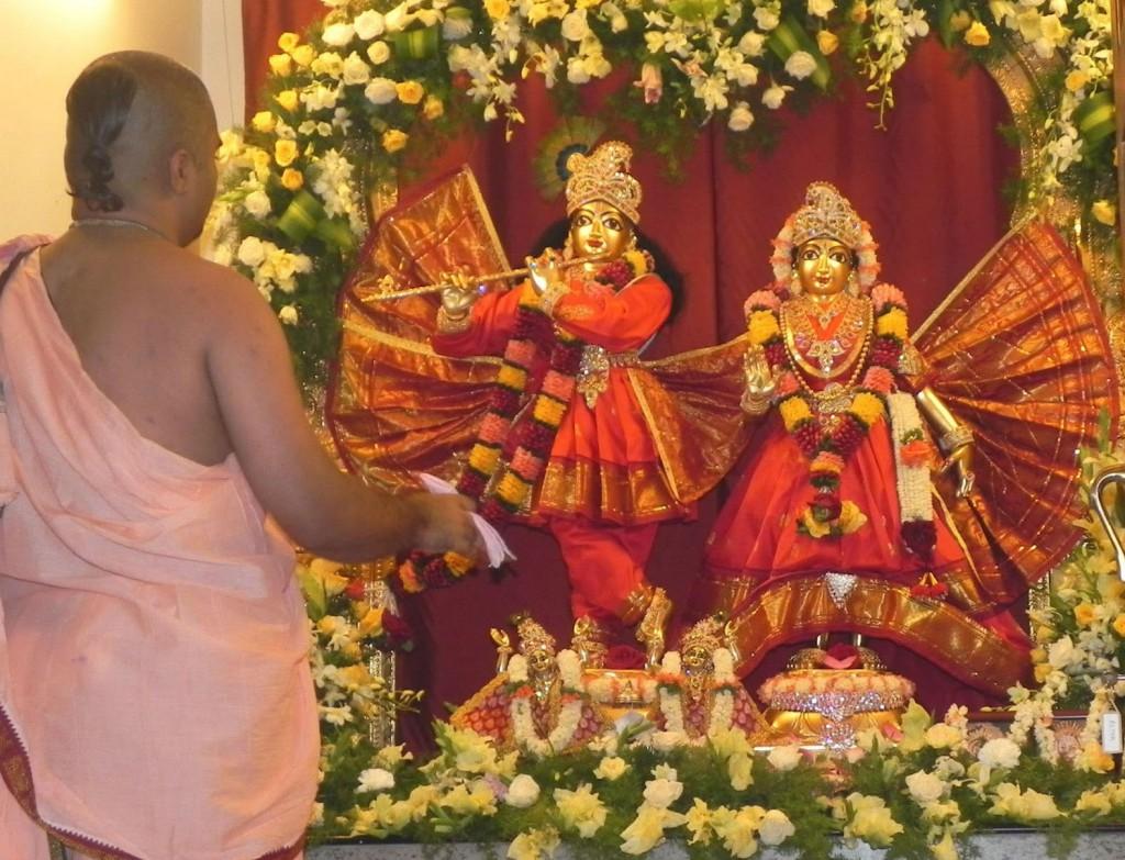 best yoga guru in bangalore dating