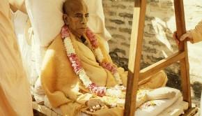 Srila Prabhupada Arrives in Vrindavan to Die