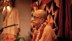 Srila Prabhupada speaking on Srimad Bhagavatam