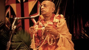 Srila Prabhupada Chants on Devotees Beads at Initiation