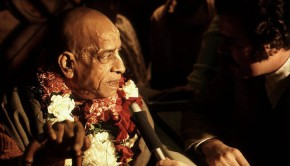 Srila Prabhupada Answering Press Reporters Questions
