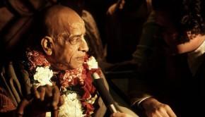 Srila Prabhupada Answering Press Reporters Questions