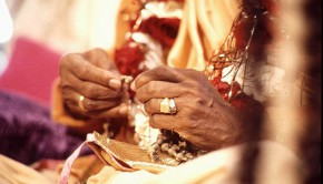 Prabhupada chanting on devotees japa beads