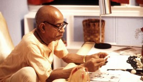 Srila Prabhuapda at his desk