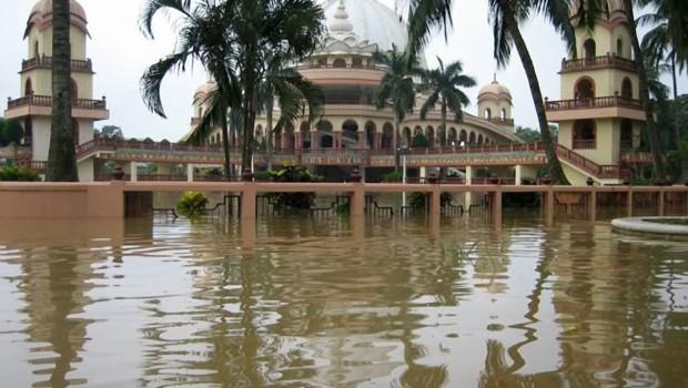 ISKCON Mayapur Flood 2006