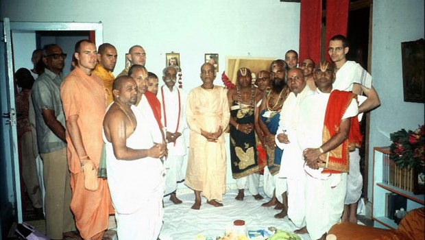 Srila Prabhupada with Indian Brahmanas