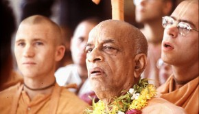 Srila Prabhupada with Tamal Krsna Gosvami and other Sannyasis behind him