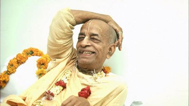 Srila Prabhupada smiling-3