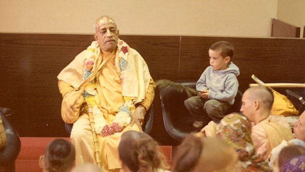 Srila Prabhupada waiting for his plane at LAX
