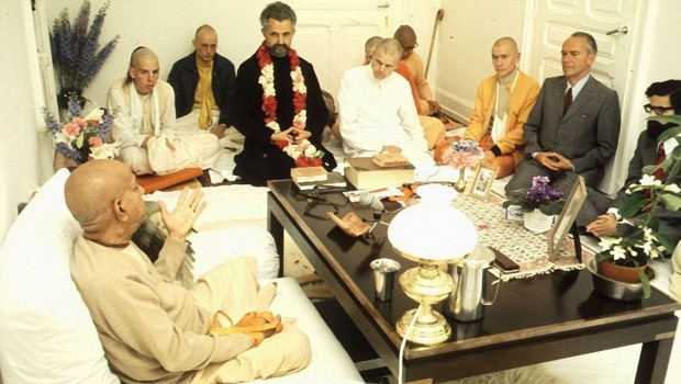 Srila Prabhupada Speaks with Guests and Disciples in his room