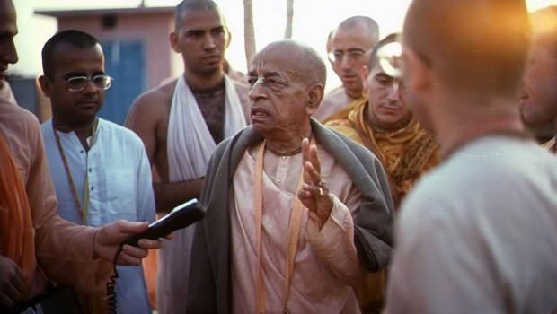 Srila Prabhupada Speaking Powerfully