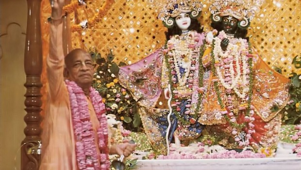 Srila Prabhupada offers the first aroti to Sri Sri Krishna Balarama in Vrindavan