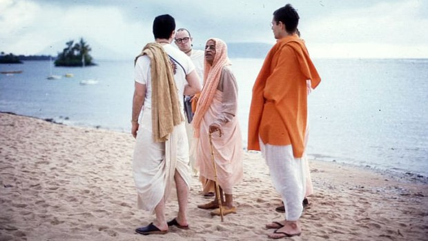 Srila Prabhupada and Disciples talk on beach