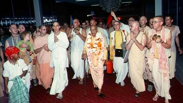 Srila Prabhupada and Hare Krishna Devotees at Airport