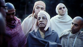 Prabhupada on a morning walk