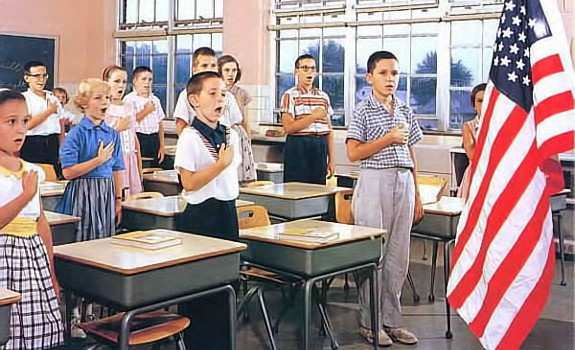 pledge-of-allegiance-in-school