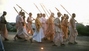Sannyasis Surrounding Srila Prabhupada on a Morning Walk