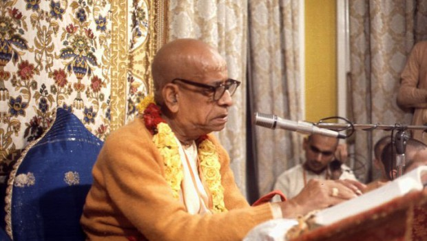 Prabhupada Reading His Books